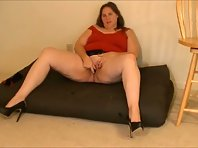 BBW housewife fucking herself with sex toys for hubby
